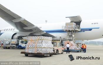 Первая партия iPhone 6 и iPhone 6 Plus прибыла в Америку