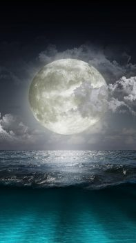 Creative-Moon-Surge-Beach-iPhone-6-plus-wallpaper-ilikewallpaper_com