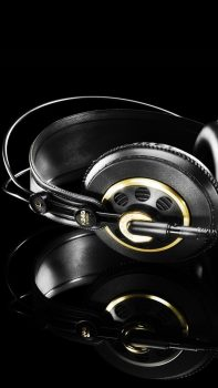 Studio-Headphones-Black-Gold-iPhone-6-plus-wallpaper-ilikewallpaper_com