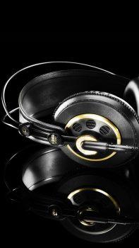 Studio-Headphones-Black-Gold-iPhone-6-plus-wallpaper-ilikewallpaper_com