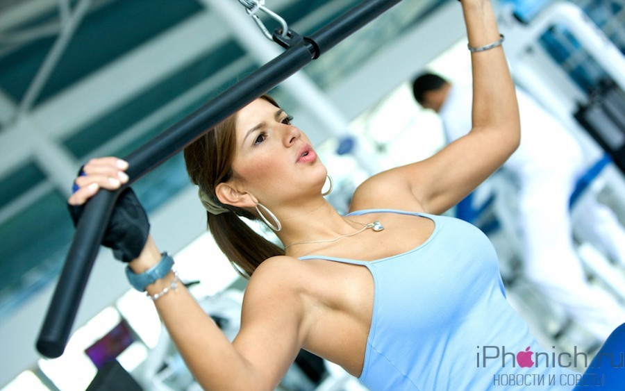 _Girl_in_the_sport_hall_055633_