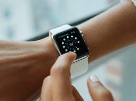 Сообщения Apple Watch не синхронизируются